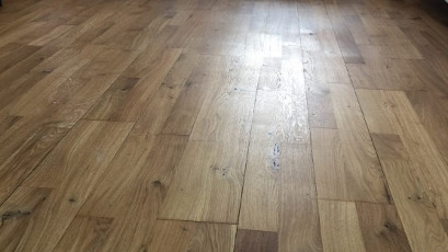 Oak floor sanding in London