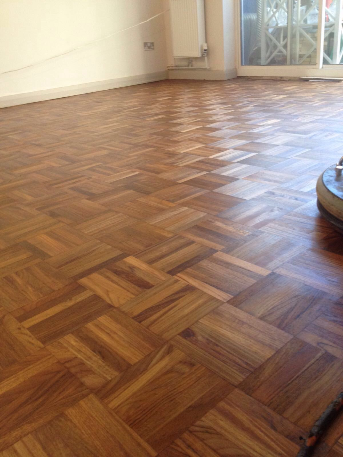 Teak floor sanding in london 100 dust free sanding 0208 for Floor to the floor